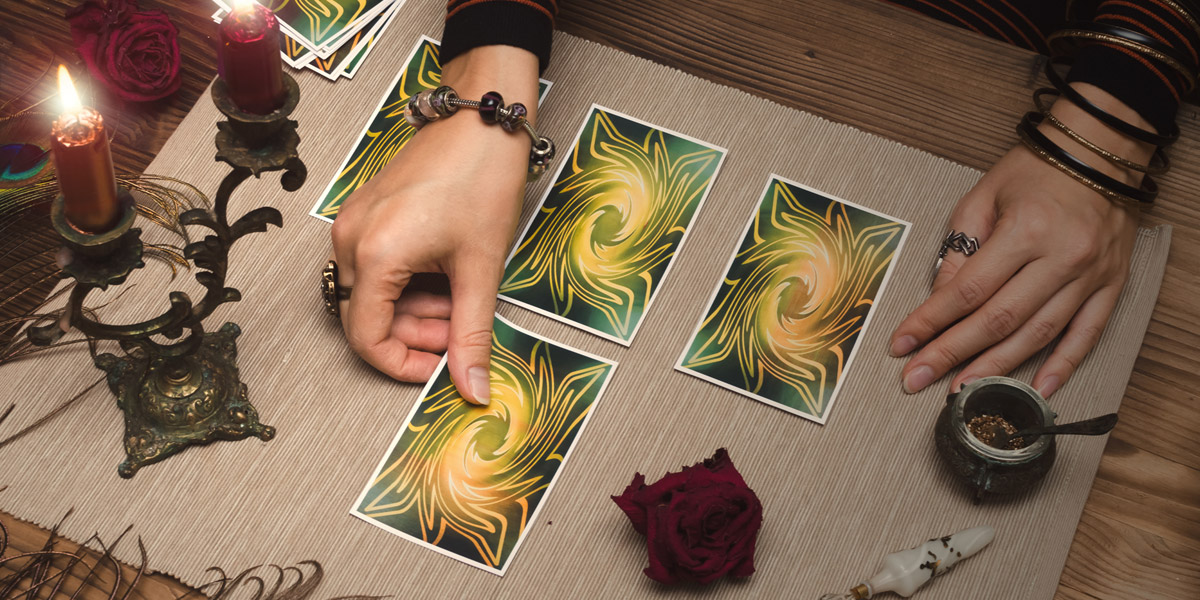 Tarot Card Spreads You Need to Try